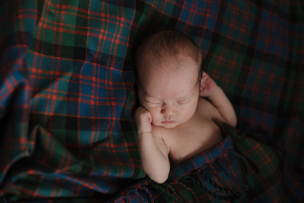 natural newborn photography glasgow